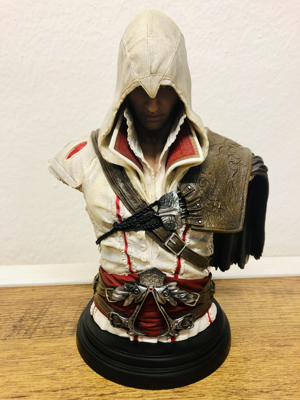 Assassins Creed: busta Ezio Auditore